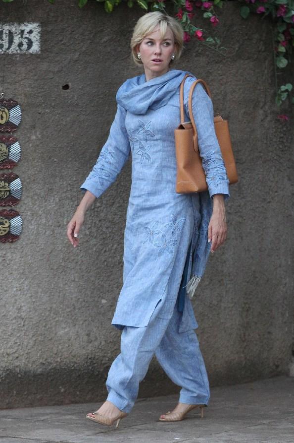 Naomi Watts Diana con Tod's D Bag
