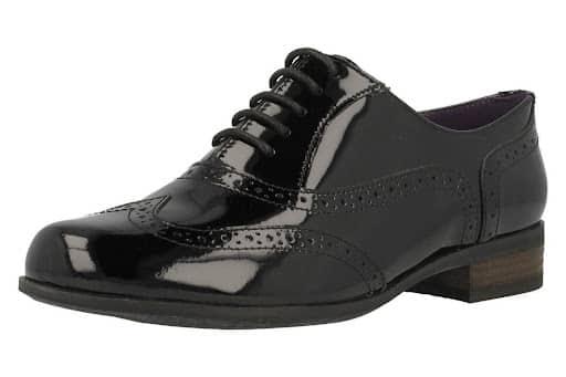 Inglesine scarpe colore nero stringate